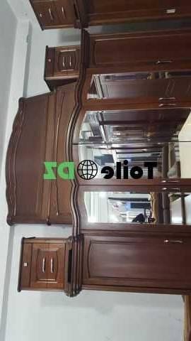 A vendre chambre a coucher bois rouge 1200 dt pour nous contactez: 24983864; photo 1; photo 2