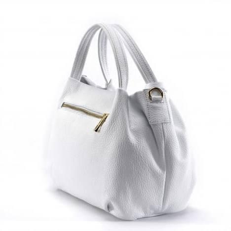La Maroquinerie Balenzo vous propose des sacs à mains, bagages et sacs à dos de grandes marques pour homme et femme
