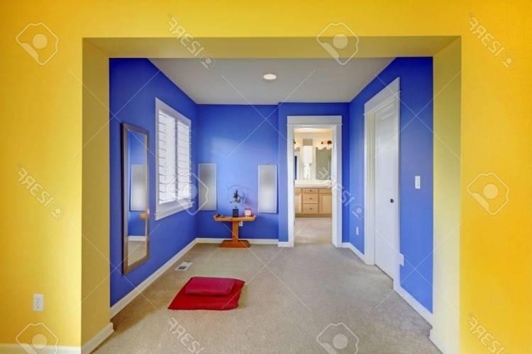 Le mobilier de la chambre à coucher moderne est bien défini