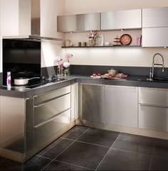 modales de cuisines aquipaces obtenez une impression minimaliste idee deco cuisine avec modele de cuisine integree