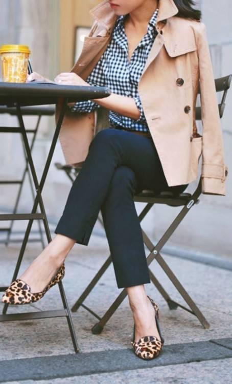Image Mode femme au chapeau et des lunettes de soleil