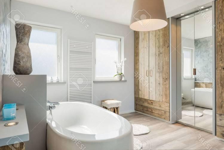 Petite salle de bains avec baignoire douche – 32 idées sympas
