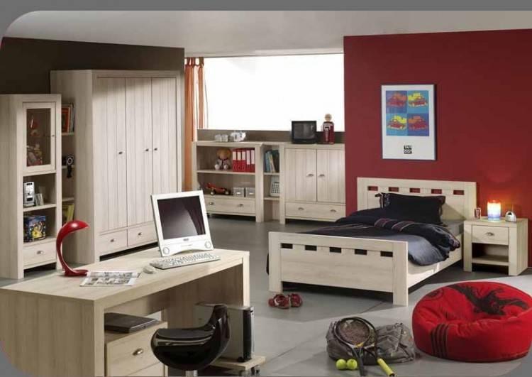 Idee Deco Chambre Petite Fille 3 Ans Chaios Chambre A Coucher Avec Bureau Enfant 3 Tiroirs