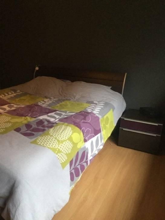 chambre à coucher complète très bon