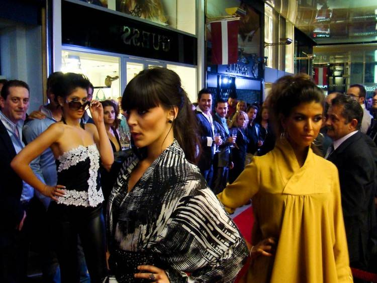 Salsa Jeans Secret Push In capri avec détail Swarovski Bleu Femme Mode Vêtements slim,salsa