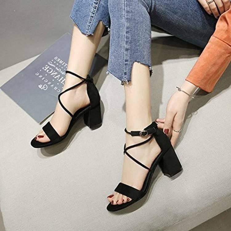 chaussures à talons aiguilles pointure 39
