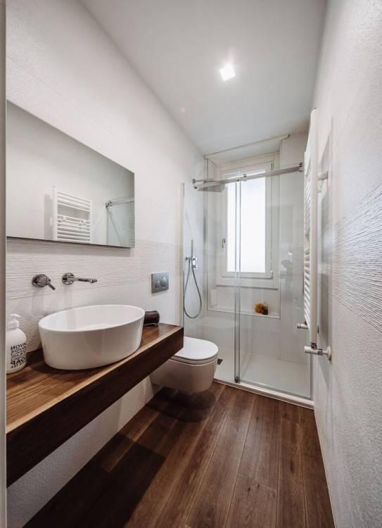 Petite Salle De Bains Moderne Photo Stock Image Du Bleu Washroom Avec Petite Salle De Bains