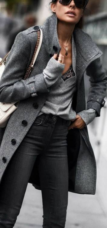 2018/2019 Luisa Beccaria, les défilés de  mode indépendant Crédit : Photo Agency Srl/Alamy Live News