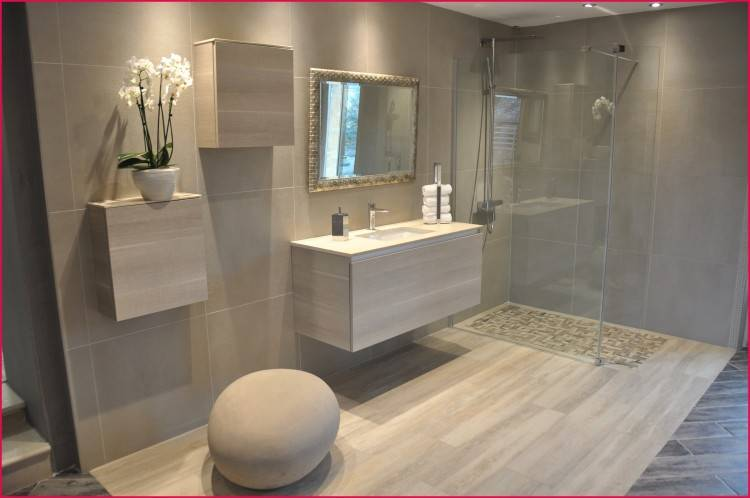 le carrelage effet bacton en 55 photos inspirantes archzinefr sol salle de bain moderne beton grise