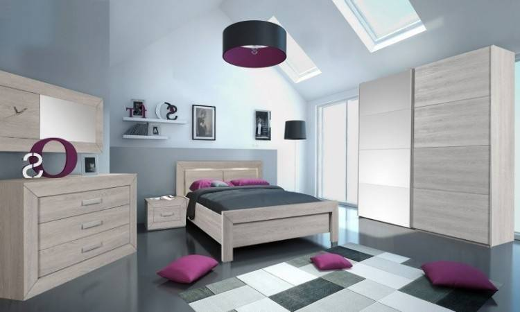 Chambre a coucher 2014, chambre à coucher gris et blanc, lit made in canada