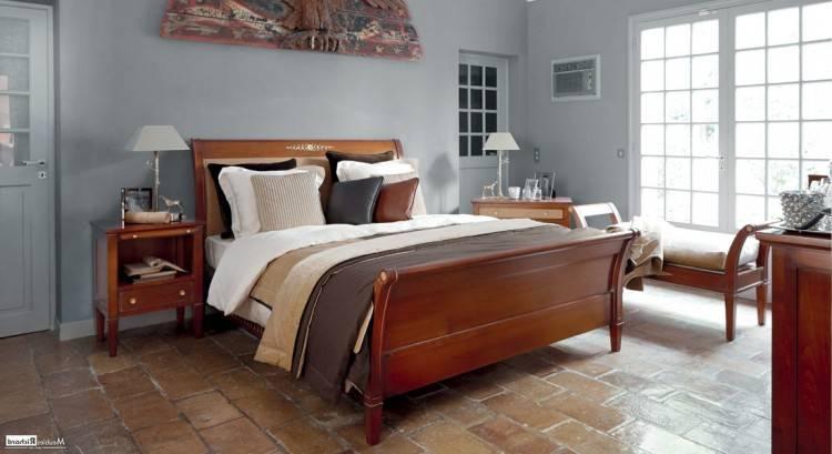 Très élégante chambre à coucher de très haute qualité de fabrication  française