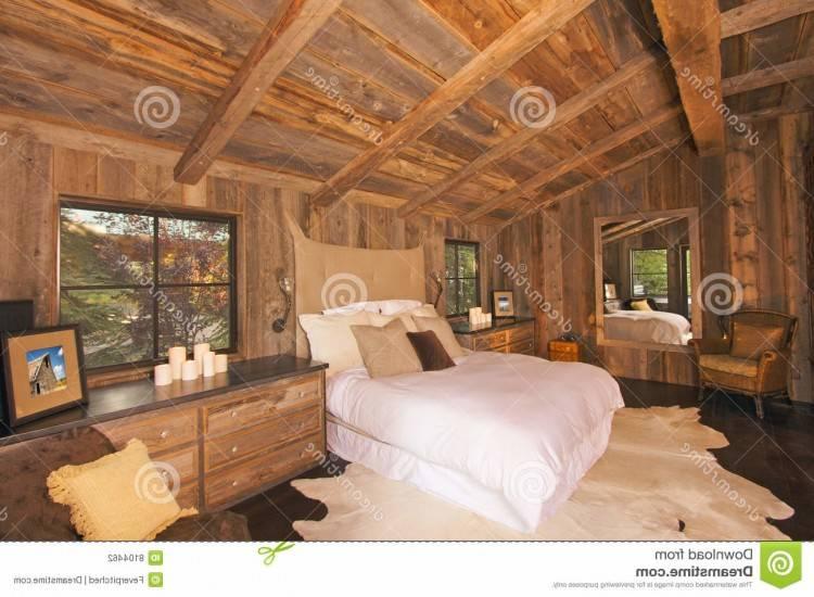 chambre a coucher bois massif casablanca en commodes house and garden lit design