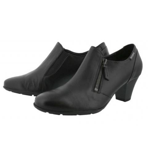 Chaussures à talons confortables en suédine rouge à bouts pointus et brides croisées sur le côté