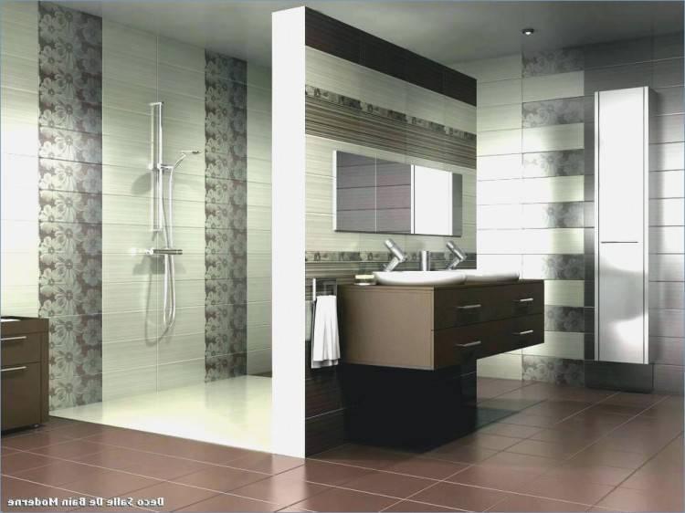 Ainsi, nous réalisons la rénovation complète ou partielle de votre salle de bains et installons également tous les éléments d'accessibilité aux personnes à