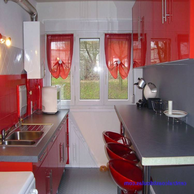 ou rose très pale avec un cadre en bois donnera un effet romantique  instantané à votre chambre comme cette inspiration d'une utilisatrice de  Houzz