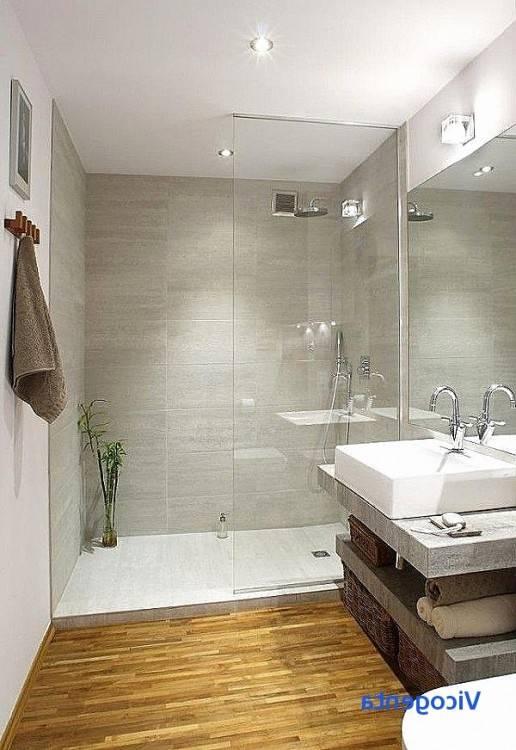 petite salle de bain moderne design exclusif carrelage grand format effet beton douche italienne Petite salle de bain moderne en 70 idées exclusives