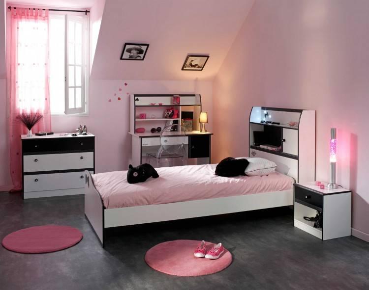 Chambre à coucher pour fille