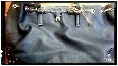 Présente dans de nombreuses villes françaises, la marque Bonobo Jeans est  une adresse shopping indispensable