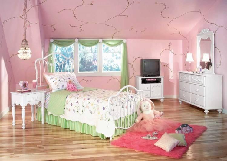 deco petite chambre decoration pour a coucher en longueur