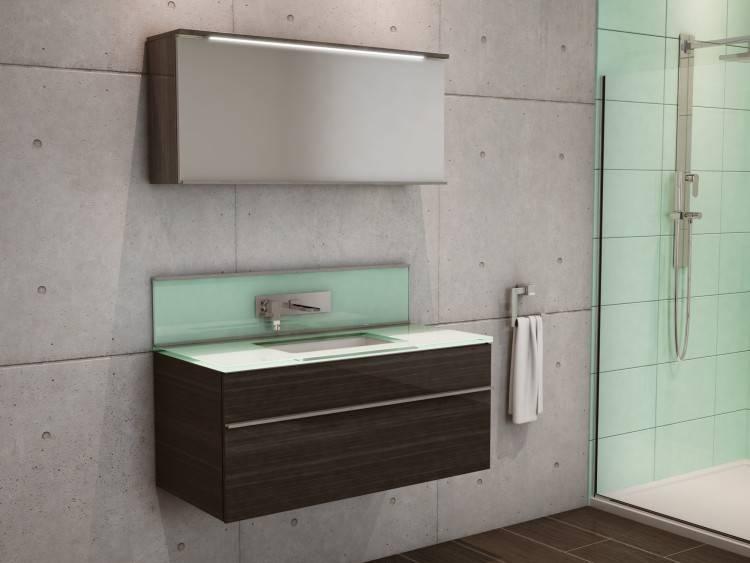 Salle de bain moderne en laque satinée