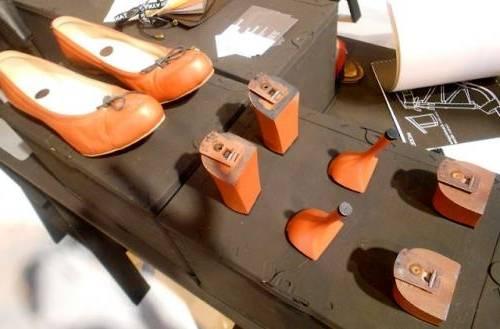 Acheter Blanc Noir Rose Abricot Rouge Couleur Femmes Dame Chaussures À  Talons Hauts Chaussures De Mariée Sexy Bout Pointu Pompes Avec Cravate Bol  En Cristal