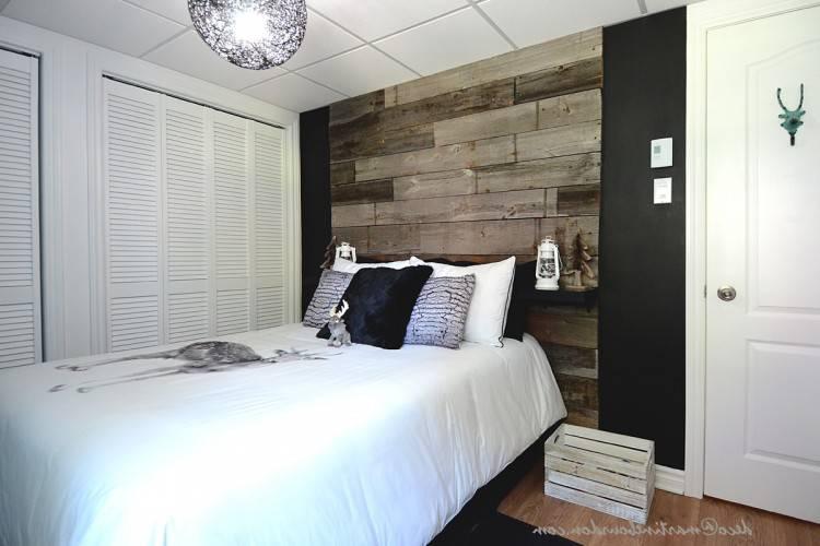 Mobilier de chambre à coucher en bois de rose et amarante composé d'un lit