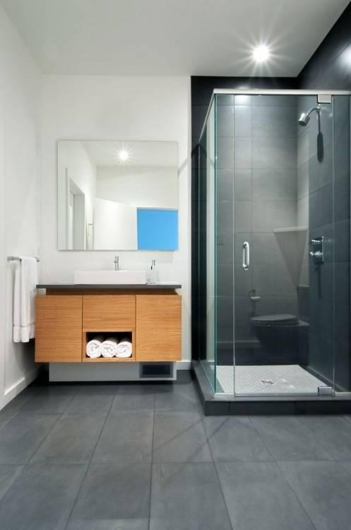une salle de bains grise aclacgance