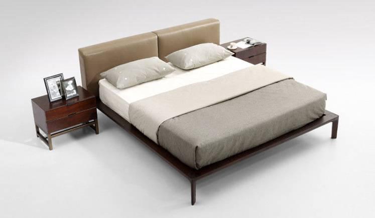 Une chambre à coucher simple, élégante et moderne