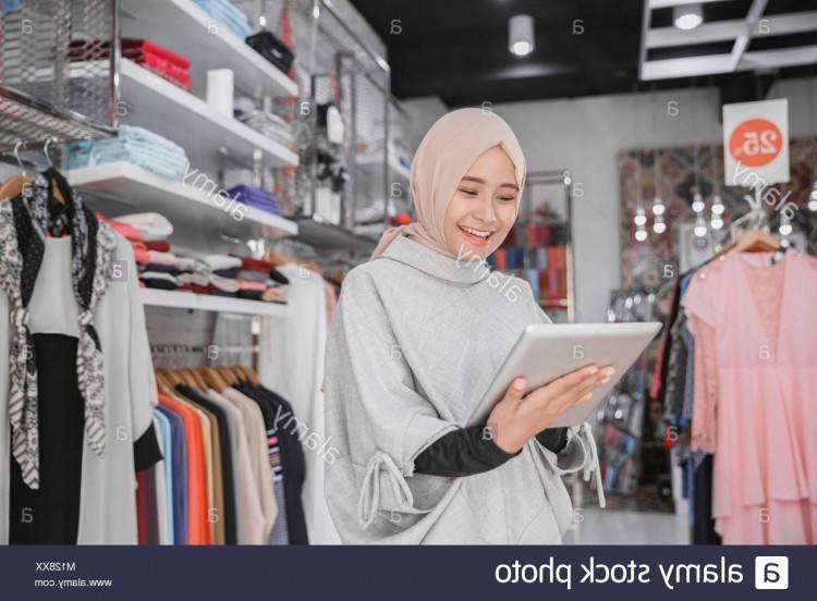 Acheter Dubaï Caftan Abaya Kaftan Turquie Femmes Musulman Dentelle Perle Robe Mode Blanc Robe Turc Femme Musulmane Cardigan Robes Longues Avec Ceinture De