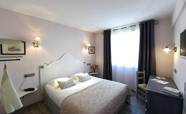 Full Size of Decoration Lit Mariage Deco Chambre Tete Gris En Bois Mur Dessus Papier Peint