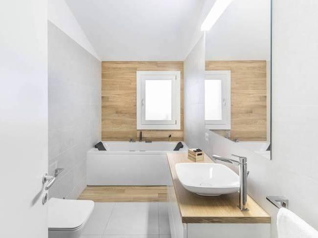 Papier peint salle de bain moderne – 30 idées ingénieuses