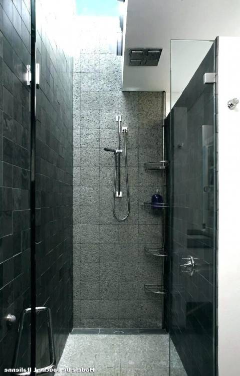 Douche à l'italienne encastrable dans 50 salles de bains modernes