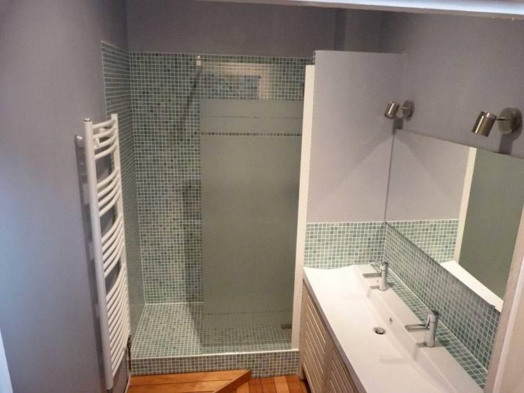 Salle De Bain Moderne Avec Baignoire Avec Inspiration De Salle Bain Moderne Avec Baignoire Et Douche