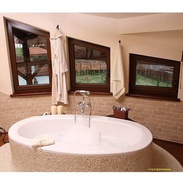 fabulous salle de bain m photo catalogue decoration petite salle bain sans fenetre deco de zen avec baignoire et beau salle des pas perdus machines with