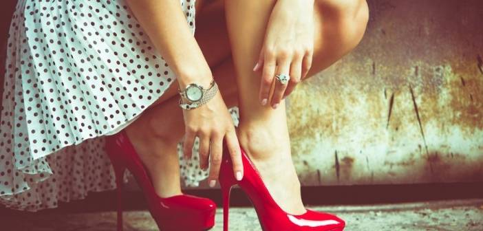Sandales talon aiguille bride cheville
