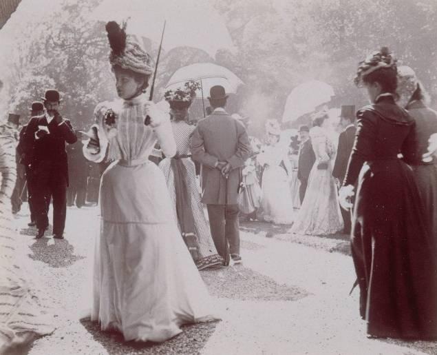 Trois femmes très à la mode (années 1920)